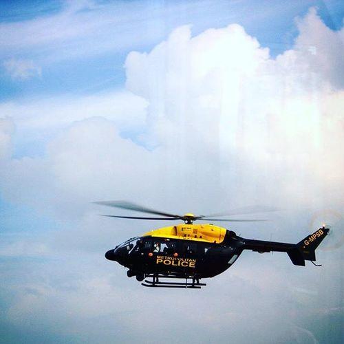 Unitedkingdom London Theshard Theshardlondon Police Helicopter Policehelicopter Clouds Bluesky
