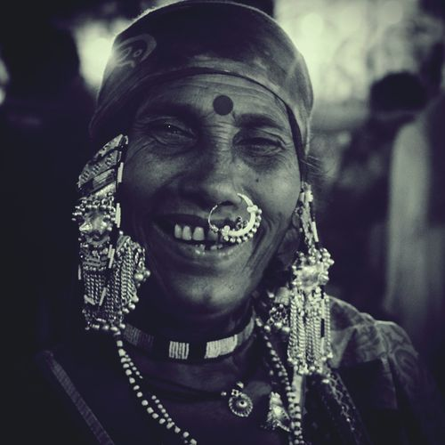 Selling Jewellery With Smile In Goa.(india)