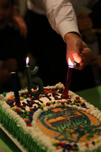 Birthday Five Cinque Compleanno Hand Mano Man Uomo Tarles Candle Fire Fuoco