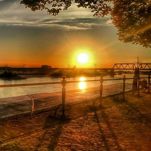 Sommergefühle Deventer Sunset Sky Sun Ijssel Holland First Eyeem Photo Ijssel Water Waterfront Riverside River View River Bridge