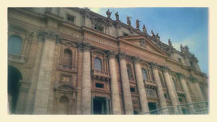 Rome Italy🇮🇹 Verticano Travel Destinations Tourism Peterskirken Basilica Architecture No People CittaDelVaticano
