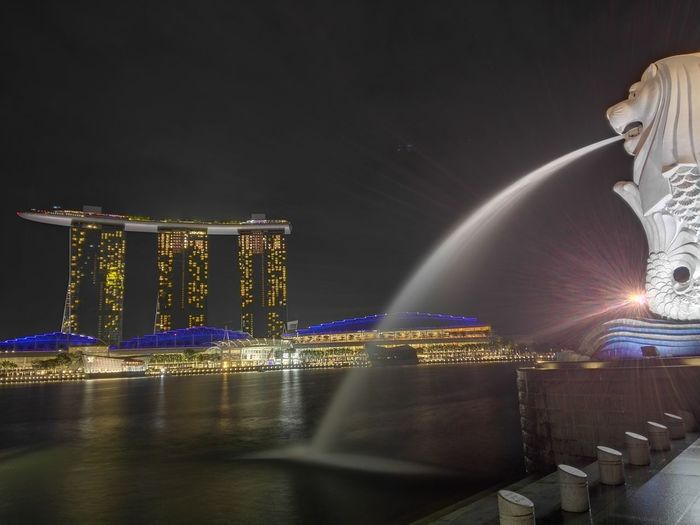 Merlion park against marina bay sands at night