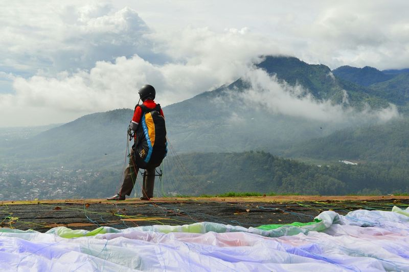 Be. Ready. Mountain One Man Only People Adventure Cloud - Sky Fog Landscape Mountain Range Scenics Sport Outdoors Men Day The Traveler - 2018 EyeEm Awards
