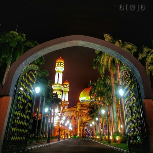 Gate To Paradise Jame Al'asr Building Exterior EyeEm HuaweiP9 Huaweiphotography Brunei Darussalam Mosques Dome Statue Spirituality