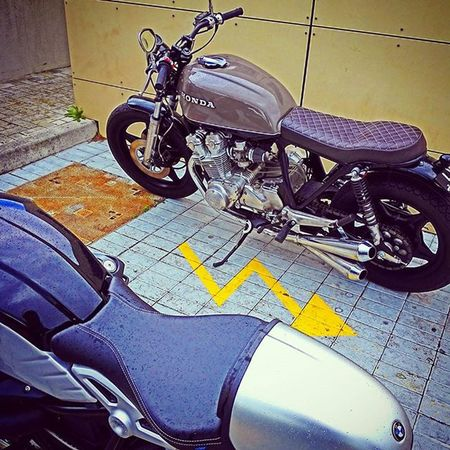 Rninet CB750 Lisbon Portugal Makelifearide Bmwmotorradpt R9t RnineTofIG CaferacerPT Caferacer Caferacersociety Caferacerclub Caferacerxxx Caferacerworld Caferacerculture Caferacers Caferacerofinstagram Croig Caferacerpassion Motorcycles Motorbikes Retro Oldschool Vintage Vintagemotorcycles classicmotorcycles brat bobber scrambler bikeexif