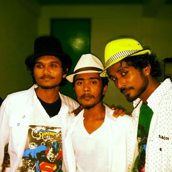 3 guys from beautiful eyes.. Komandoo