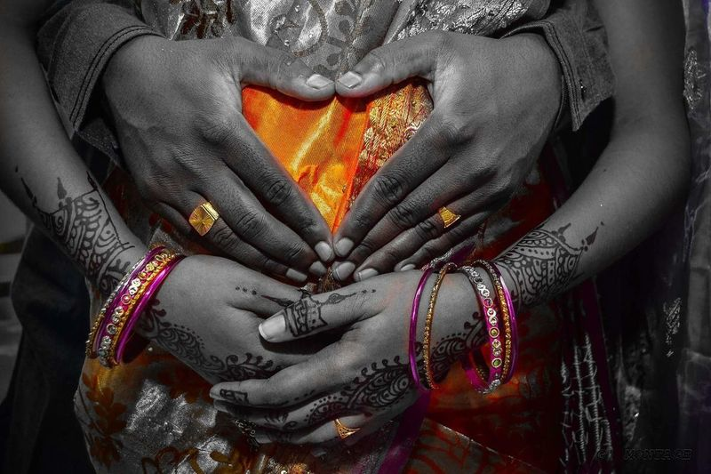 Indian Matrenity Shoot Baby Bangles Husband & Wife Husband ❤ Husbandandwife Indian Culture  Indian Women In Sari Indoors  Love Maternity Photography Maternityshoot  Men Midsection Pregnant Real People Women