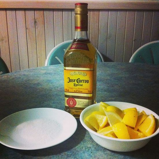 Lets do it the old way. :)))) 👊👊👊👊😱😜🍸Josecuervo Tequilanight Fambonding