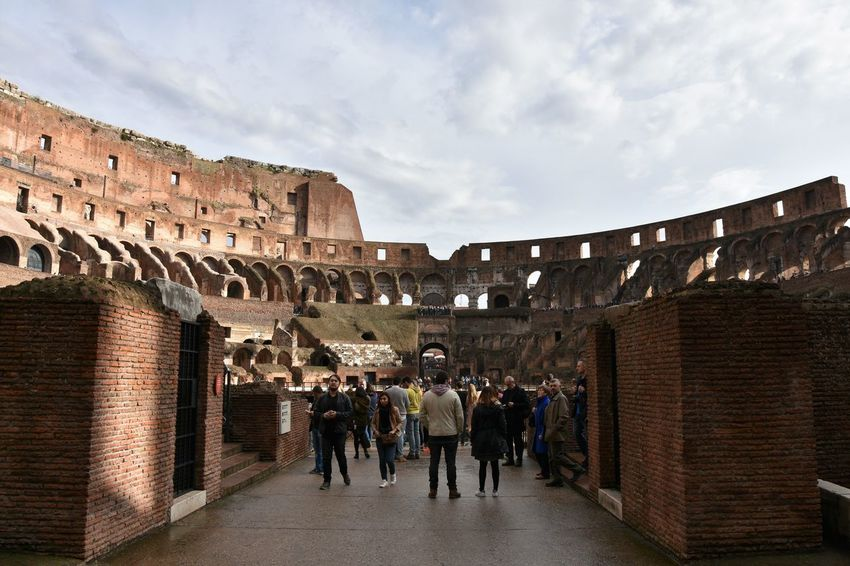 Adult Adults Only Anfiteatro Anphitheater Architecture Built Structure City Cloud - Sky Colosseo Colosseum Day History Large Group Of People Leisure Activity My Best Photo 2016 My Unique Style My Year My View Outdoors People Sky Tourism Tourist Attraction  Tourist Destination Travel Destinations Women