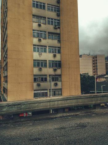 Built Structure Architecture Building Exterior City Outdoors No People Day Sky Residential  Metropolis Retro Vintage High Angle View Skyscraper Brazilian HDR Overcast Architecture Cloud - Sky City Life Urban Overpass Clouds Rain
