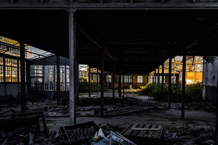 Architecture Built Structure Garbage Indoors  Iron Lost Places No People Old Stuff