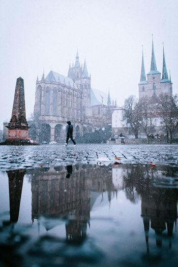 Snow Domplatz Domplatz / Erfurt Snow Water Built Structure Architecture Building Exterior Travel Destinations Reflection Tourism City Sky Nature Place Of Worship Building Waterfront Religion Travel Day Belief Spirituality Outdoors Spire
