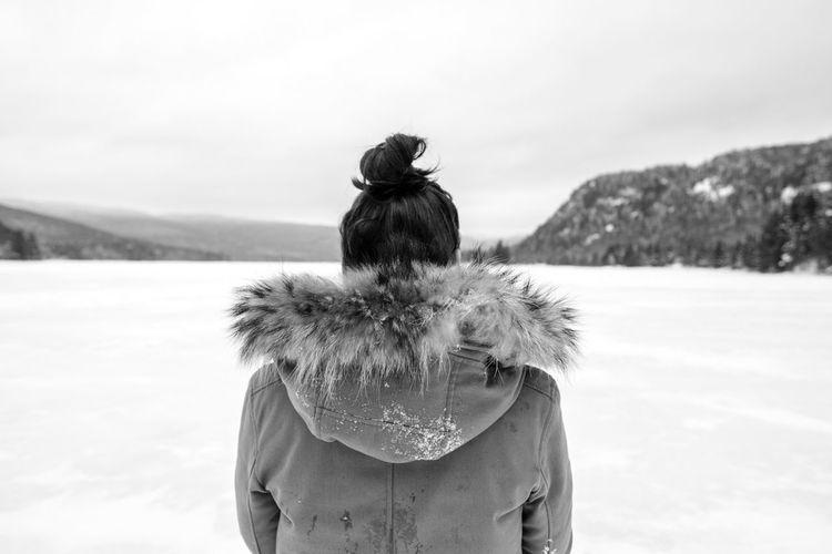 Cold Temperature Ice Lake Mont Tremblant, Qc Warm Clothing White Blackandwhite Back Fujifilm
