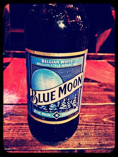 I love this beer!! Craftbeer Bluemoon RockBarCherryBomb