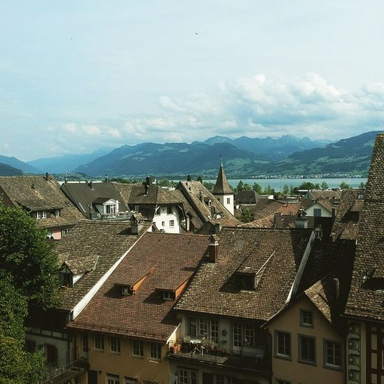 Rooftopping Switzerland Rapperswil Alpes trip nature vscocam picoftheday richtiggeil flughafen lookwhatifound moyenage
