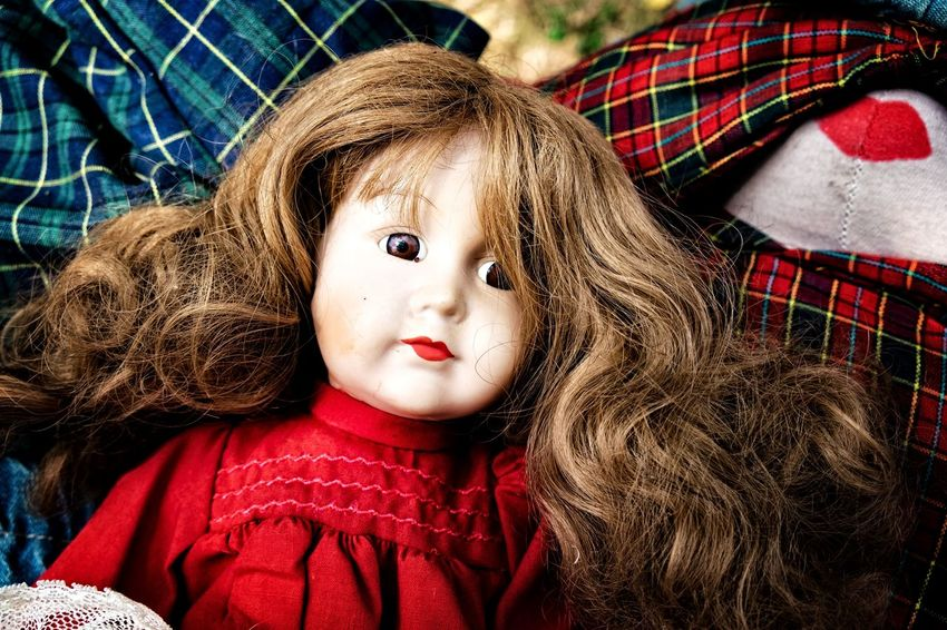 Close-up The Devil's In The Detail Street Photography Streetphoto_color Retro Toys Vintage Portrait Childhood Looking At Camera Headshot Red Wool Warm Clothing Front View Doll Puppet