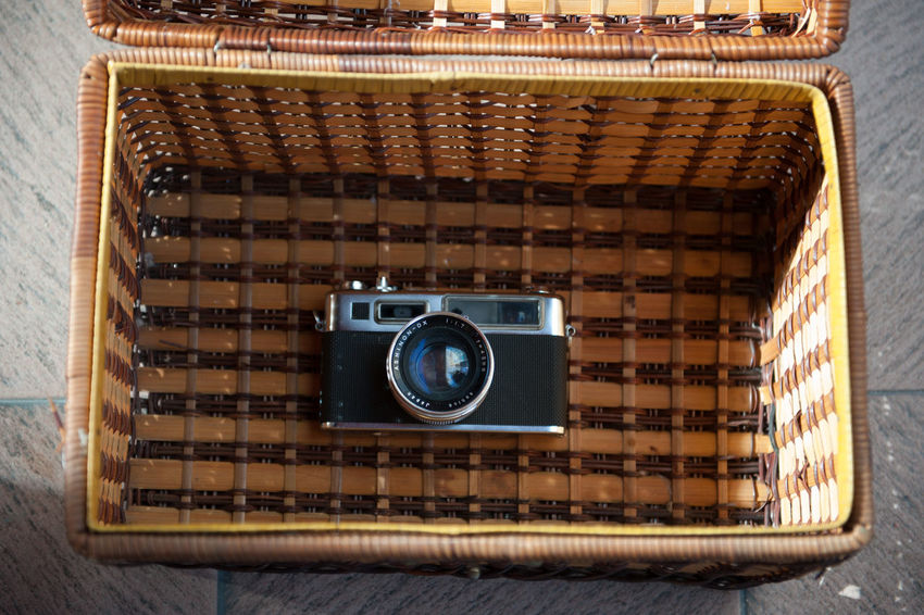 Camera - Photographic Equipment Close-up Day Indoors  No People Old-fashioned Photography Themes Technology Wood - Material