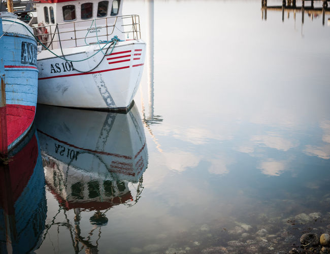 Charlotte Aarhus Background Boats And Water Cloud Reflection On Water Denmark Harbour Mirrored Image Quay Seaside Ships Windmill DSLR APS-C
