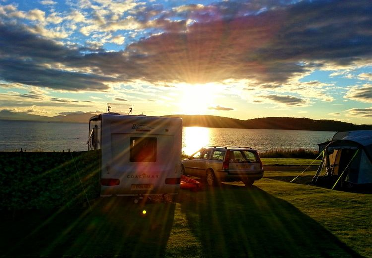 Camping at Benderloch Happy Holidays Beautiful Sunset Sunset Sunset_collection Getting Away From It All Leisure Time Relaxing By The Sea Beatiful Scenery West Coast Scotland Benderloch Happy Campers