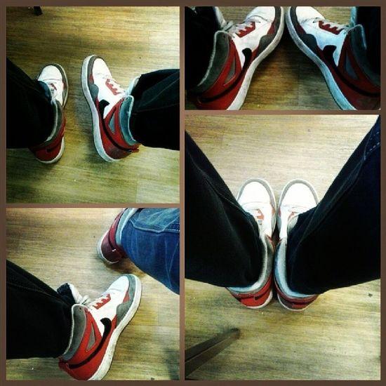 Nike Alphaballer Mid Kicks sneakers white and red pozdrawiam z angielskiego :)