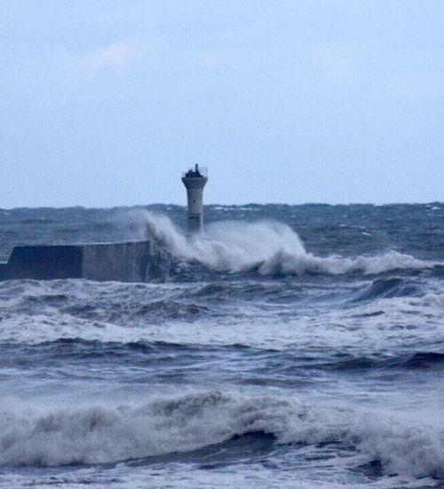打ちつける波 Sea Water Outdoors Waterfront Splashing No People Nature