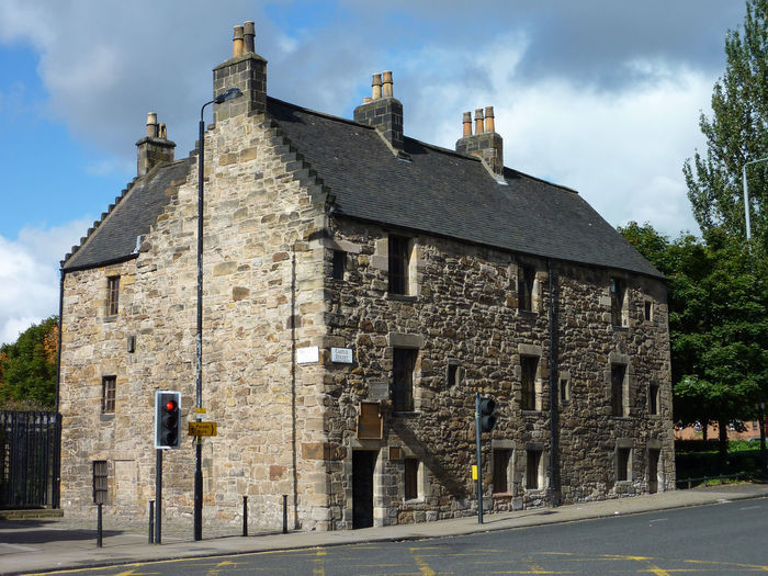 The Provand's Lordship -oldest house in Glasgow built in 1471 1471 Cathedral Glasgow  High Street Mary Queen Of Scots Provand's Lordship Architecture Building Exterior Built Structure Day History House No People Old Oldest Outdoors Sky Street