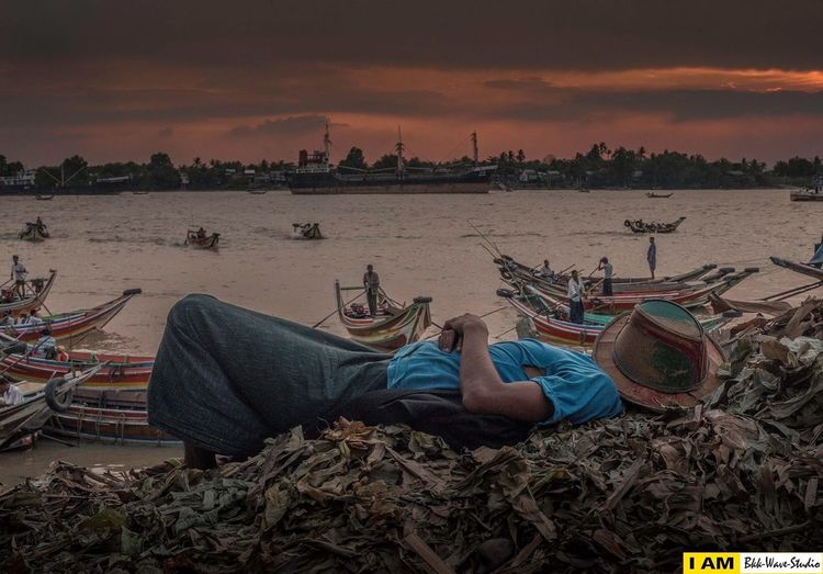 Against to the sunset Hanging Out Hello World Taking Photos Enjoying Life Hi! Check This Out That's Me Relaxing Cheese! Travel Photography StreetPhoto
