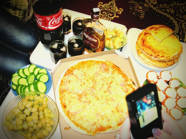 Littlejoy Relaxing The Foodie - 2015 EyeEm Awards Enjoying Life Tasty Food