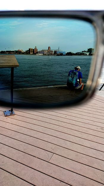Beach Sea Water Sand Day Adult Outdoors People One Man Only One Person Urban Skyline Cityscape Benfranklinbridge First Eyeem Photo Philadelphia Philadelphia Pennsylvania Philly Phillyphotographer Phillylove ❤️ Phillyprimeshots First Eyem Photo IndependenceHall