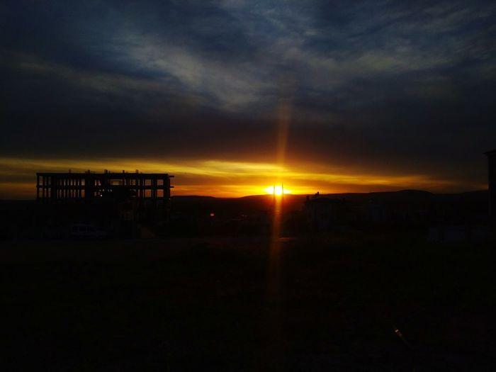 gün batımı Hathor Thoth Gunes Güneş♡♥♡ Karanlık Growth Architecture Built Structure Gün Batımı Sunset Silhouette Sky Landscape Built Structure Cloud - Sky Horizon Over Water The Portraitist - 2018 EyeEm Awards
