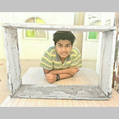 Pic with a Frame .. Random XD😉