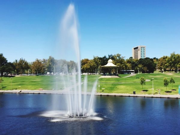 Adelaide, South Australia River Torrens Fountain River Scenic
