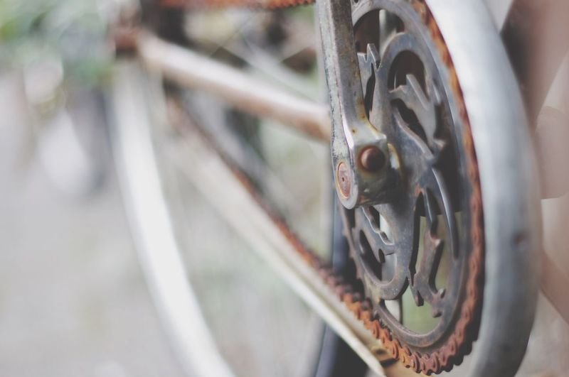 Metal Day Wheel Focus On Foreground Close-up Outdoors No People Transportation Land Vehicle Gear Spoke Vintage Rusty Amsterdam Netherlands Pedal Chain