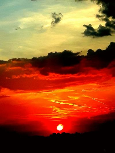 intense coloring Sunset Red Dramatic Sky Sky Cloud - Sky Landscape Space And Astronomy Astronomy Volcanic Landscape Planetary Moon Galaxy Star Field Infinity