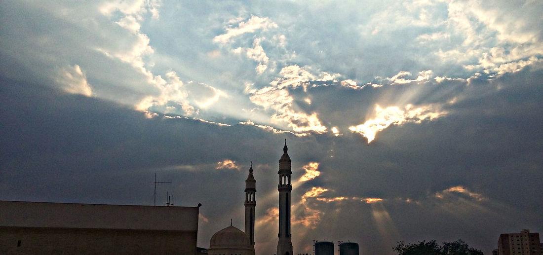 Cloud - Sky Everyday Cairo Everydayafrica Everydayegypt Everydaymiddleeast Light Mosque Nature Sky Sunlight Sunset First Eyeem Photo