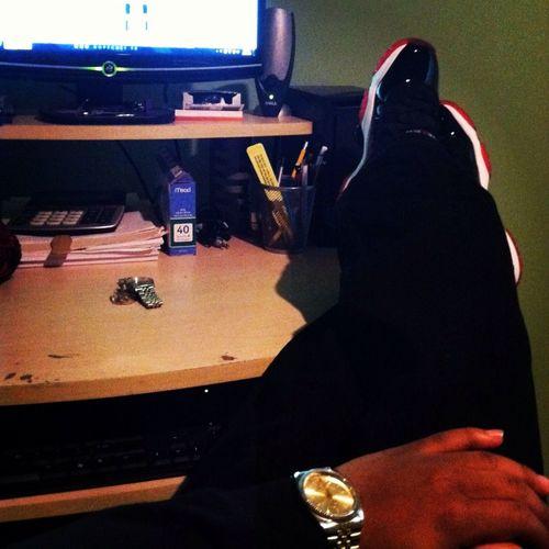 Gotta Sit Like Boss ✨ !