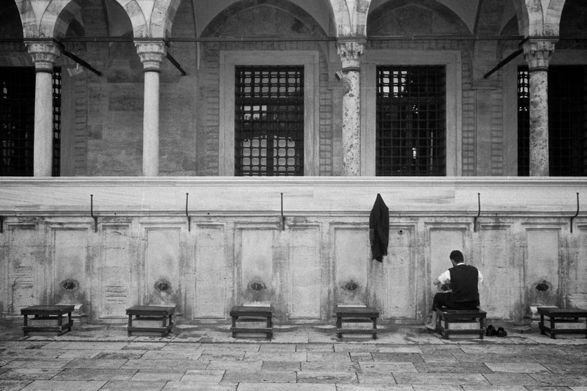 Black & White Black And White Black And White Photography Black&white Blackandwhite Blackandwhite Photography Building Exterior Film Film Photography Filmisnotdead Istanbul Leica Mosque Outdoors Person Praying Turkey