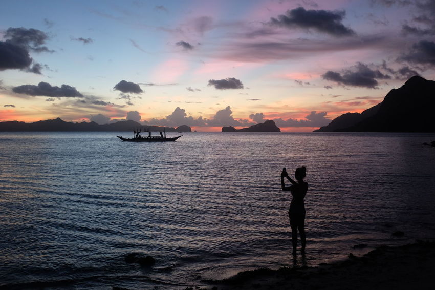 Beautiful moments in El Nido, Philippines. El Nido El Nido Islands Eyeem Philippines Nature Palawan, Philippines Philippines Sunset Silhouettes Sunset_collection Beauty In Nature Cloud - Sky Horizon Over Water Lifestyles Nature Palawan People Sea Sea And Sky Silhouette Sky Sunset Tranquil Scene Tranquility Lost In The Landscape Done That. Connected By Travel An Eye For Travel