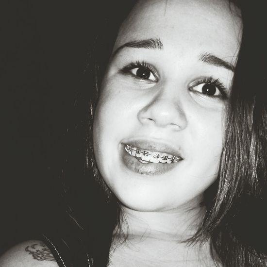 O sorriso que eu levo no rosto nao e qualquer um que vai tirara de mim ♧♧♧