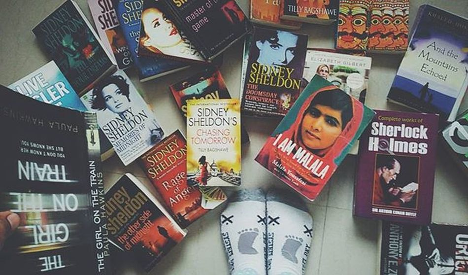 Because this is one of the best sight to me. Wakeuptoone Chumbak Bookstagram Bookworms Whpfilltheframe Fromwhereistand