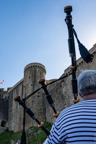 Au pied du château Bagpiper Bagpipes Blue Brest Brest 2016 Brest2016 Castle Clear Sky Day Fêtes Maritimes Outdoors Piper Sky