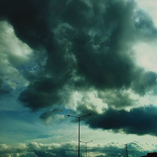 İstanbul / Turkiye Clouds And Sky Clouds