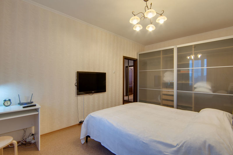 Domestic Room Bed Lighting Equipment Furniture Home Showcase Interior Home Interior Indoors  Home Bedroom Luxury Wealth Illuminated Absence No People Modern Electric Lamp Pillow Architecture Mirror Wall - Building Feature Ceiling
