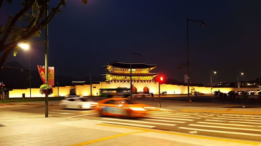 Palace Kyungbokgung Place Night Nightshot Light Huge Outdoor Strolling Stroll Around Town Beautiful View Beautiful No People Korea Hanging Out Taking Photos Colorful Cars