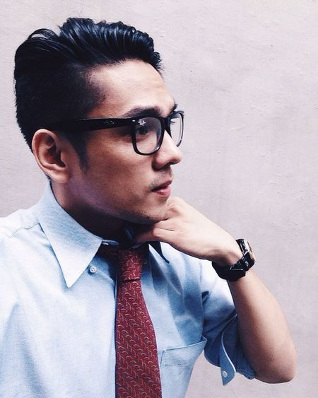 One call away. Yesuventures HERO Model Modeling Class Classy Man Blogger VSCO Motivation VSCO Cam Vscocam Pose Igers Igersoftheday IGDaily IPhoneography IPhone Iphoneonly Iphonephotography IPhone Photography Iphonesia Love White Green