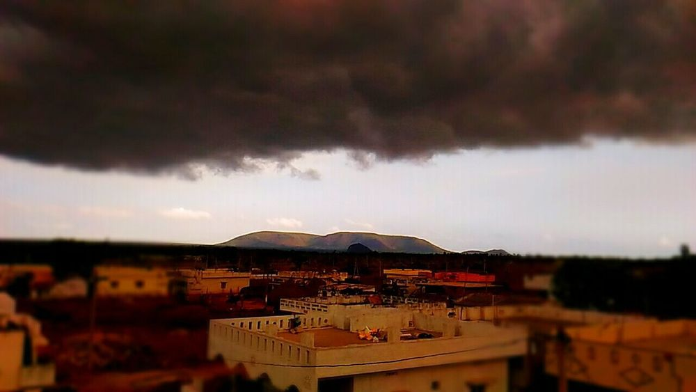 Thunder Clouds Nature Beauty In Nature Outdoors Sky Shinning Mountain Storm Cloud Day 😚