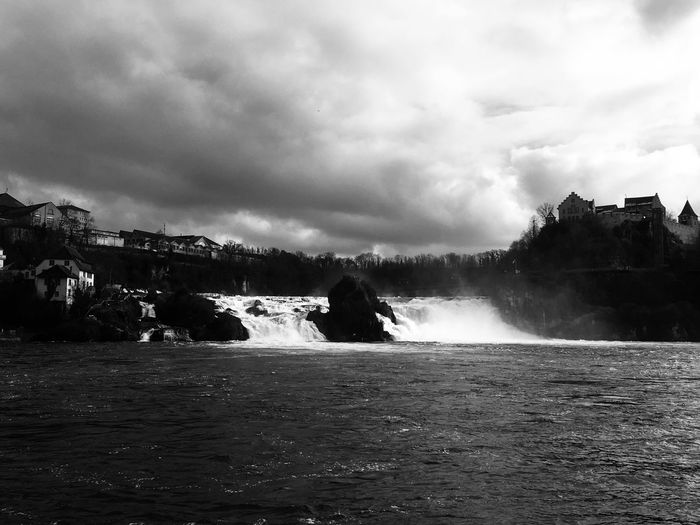 Rheinfall Häuser Bäume Wasser Schloss Wasserfall Water Nature Beauty In Nature Motion Waterfall Long Exposure Scenics