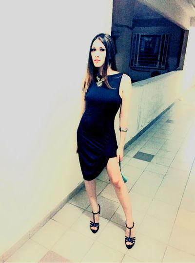 Dress Dressing Up Face Of EyeEm Poser ❤ Legs IPhoneography Likeforlike Model Modeling