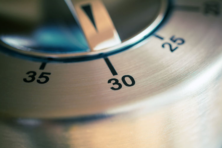 30 Minutes - Macro Of An Analog Chrome Kitchen Timer 2⃣5⃣ 30 35 Countdown Reflection Aluminum Black Chrome Counting Down Digital Art Egg Timer Hours Kitchen Metal Metallic Minutes Number Seconds Silver  Thirty Thirty-five Time Timer Twenty-five