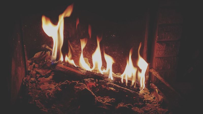 It's Cold Outside Fire Fireplace Wooden Texture Light Home Sweet Home Cellularphotography Samsungphotography Samsung Galaxy S4 Things I Like Home Is Where The Art Is Colour Of Life